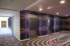 Vista del vestíbulo y ascensores. (Foto cortesía de Nh Hoteles)