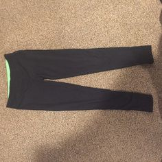 Leggings with Green Leggings with green inside band Size small Perfect condition Poof! Pants Leggings