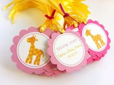 This is a set of 24 double-sided Giraffe Thank You Tags in pink, personalized with your text. Cute giraffe is placed in the front and the personalization text is at the backside of the tags. These can