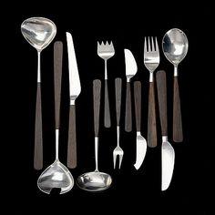 "BERTEL GARDBERG, ATERINSARJA. 26 osaa, ""Lion de Lux"", Hackman. Suunniteltu 1958. - Bukowskis Bukowski, Bauhaus, Lion, Tableware, Kitchen, Design, Cooking, Dinnerware, Leo"