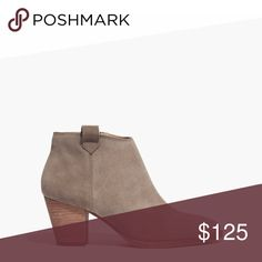 🆕 Madewell suede Billie booties Wear with everything silhouette and walkable stacked heel. Suede and leather soles. 4 3/10 shaft height, 2 3/5 heel height. Otter color. Worn 3-4 times. Normal wear on bottom, no other signs of wear. Comes with original box. Madewell Shoes Ankle Boots & Booties