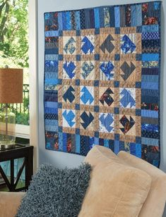 The classic T blocks and a piano key border in this quilt use a scrappy assortment of fat quarters and strips. Heart Quilt Pattern, Quilt Patterns, Quilt Border, How To Finish A Quilt, Blue Quilts, Blue China, Fat Quarters, White Fabrics, Quilt Making