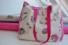 Large bag - pattern and instructions - Diy Fabric Basket Diy Bags Purses, Purses And Handbags, Diy Bag Strap, Diy Tote Bag, Diy Handbag, Tote Pattern, Pattern Sewing, Purse Patterns, Patchwork Bags