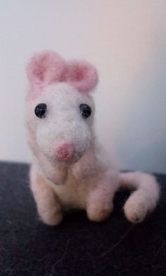 Super Cute Needle Felted Mouse by Lara-Sophie Kraus :3