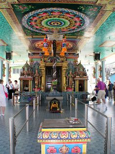 MALAYSIAN hINDU   Kuantan, Malaysia - Hindu Temple Altar