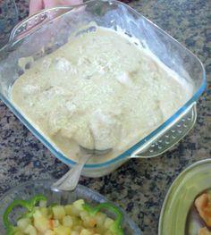 Aprenda a preparar a receita de Frango ao creme de cebola no microondas