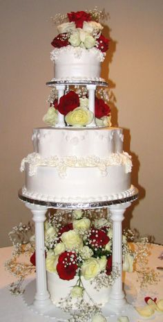 four tier wedding cakes with fountains 1000 images about cakes tiered traditional 14434