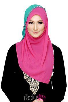 Radiusite - pink hijab - loving it