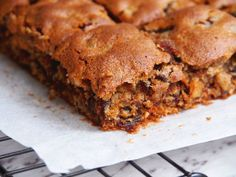 Everyone will go nuts for this dairy-free date and walnut slice. It's quick, easy and totally delicious. Liver Recipes, Date Recipes, Sweet Recipes, Kitchen Recipes, Baking Recipes, Dessert Recipes, Pecan Desserts, Fruit Recipes, Dessert Bars