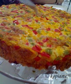 Blog post at Κοπιάστε .. στην Κουζίνα μου : Η πιπερόπιτα είναι μια διαφορετική τυρόπιτα με πιπεριές.  Μιά πολύ εύκολη κ�[..]