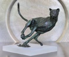 by Jonathan Parkinson titled: 'Hunting Cheetah (Jinking Chasing Bronze statue)'. African Big Cats, African Animals, Animal Statues, Animal Sculptures, White Polar Bear, Outdoor Sculpture, Animal Games, African Elephant, Animal Fashion