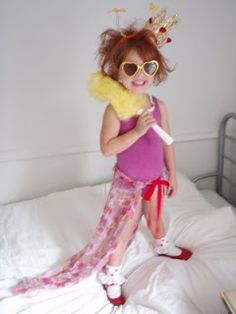 Fancy nancy costume idea halloween pinterest fancy nancy fancy nancy this mama makes stuff solutioingenieria Images