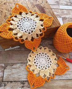 Transcendent Crochet a Solid Granny Square Ideas. Inconceivable Crochet a Solid Granny Square Ideas. Crochet Motifs, Crochet Blocks, Granny Square Crochet Pattern, Crochet Flower Patterns, Crochet Squares, Thread Crochet, Crochet Doilies, Crochet Flowers, Crochet Bags