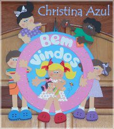 Christina Azul: el aula                                                                                                                                                                                 Mais
