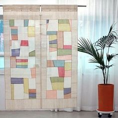 Quilting Projects, Sewing Projects, Studio Apartment Furniture, Patchwork Curtains, Decorative Screens, Beautiful Curtains, Church Banners, Couture Sewing, Modern Spaces