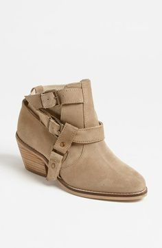 Topshop 'Advance' Boot // taupe.