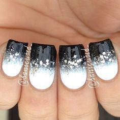 nails designs,long nails,long nails image,long nails picture,long nails photo http://imgsnpics.com/winter-nails-design-28/