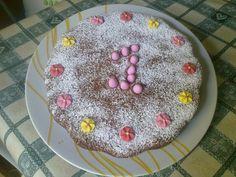 mamma di b.e.a.: Torta semplice di compleanno, riciclando avanzi di confetti