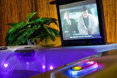 bubbelbad met tv en dvdspeler