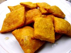 "Chilean ""sopaipillas"" (Soh-/pie-/pee-/jazz-) | Dominican Heat"