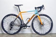 Custom Ti Stinner CX bike in Gulf Racing colours. Bicycle Paint Job, Bicycle Painting, Road Bike Frames, Velo Vintage, Bike Photography, Bicycle Maintenance, Bicycle Race, Cool Bike Accessories, Bike Seat
