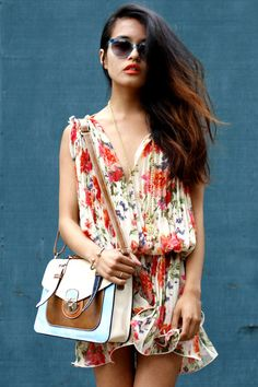 floral prints pleated dress Forever 21 dress  colorblock satchel The Caravan bag       clear blue sunglasses oscar magnusson sunglasses  coach necklace