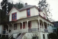 Goonies house - I adore all the American houses from the 80s/90s films I watched as a kid.