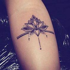Tattoo Muster Dotwork Epure Mandala Tattoo Muster Dotwork Epure Mandala The post Tattoo Muster Dotwork Epure Mandala appeared first on Frisuren Tips - Tattoos And Body Art Great Tattoos, Trendy Tattoos, Unique Tattoos, Beautiful Tattoos, New Tattoos, Body Art Tattoos, Girl Tattoos, Tattoos For Guys, Sleeve Tattoos