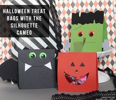 Super cute candy bag idea for your halloween food! Great party favor, and easy PDF tutorial.