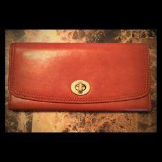Coach Legacy wallet EUC gorgeous Coach leather wallet Coach Accessories