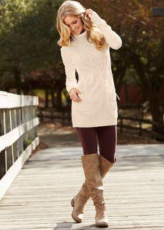 Картинки по запросу белое вязаное платье ажурные колготки белые коричневое