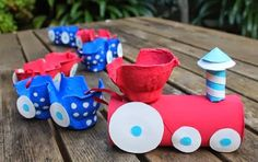Over 20 amazing egg carton crafts for kids! If you need egg carton craft ideas for any occasion and any age - this post is for you. Kids Crafts, Craft Activities For Kids, Toddler Crafts, Crafts To Do, Projects For Kids, Diy For Kids, Craft Ideas, Fun Ideas, Toilet Paper Roll Crafts