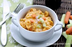 (Slow Cooker) Buffalo Chicken Macaroni and Cheese