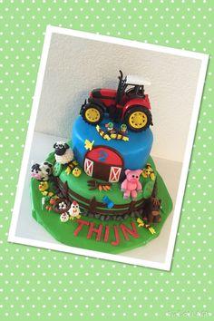 Boerderij taart met tractor