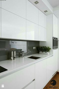 wall tiles design -Kitchen wall tiles design - Elegant Modern White Kitchen Ideas For Excellent Home Kitchen Wall Tiles Design, Luxury Kitchen Design, Kitchen Layout, Interior Design Kitchen, Kitchen Backsplash, Kitchen Designs, Backsplash Ideas, Kitchen Countertops, Marble Counters