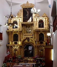 On September 14 many people travel to #Cusco to participate in the pilgrimage of the Lord of #Huanca
