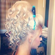 when your hair adds like three more inches to your height you know your a cheerleader or from Bear River Long Curly Hair, Big Hair, Cheer Hair Bows, Cheerleading Hair, Cheer Ponytail, Cheer Makeup, Competition Hair, Curled Hairstyles, Cheer Hairstyles