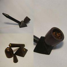Ei tá afim de fazer um viagem ao Egito?? Então curte esse pipe que tem a base no formato de uma pirâmide - Pipe em Madeira Egypt - http://www.lojaefeito.com.br/produtos.php?catid=18=49