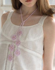 crochet flower motif necklace