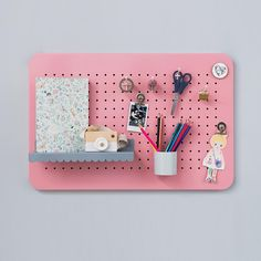 A pegboard may be the solution to organizing the busy places of your home. There are thousands of ways you can… Pegboard Organization, Home Organisation, Large Shoe Rack, Large Pegboard, Modern Industrial Decor, Ideas Geniales, Craft Storage, Kids Decor, Cozy House