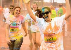 We are so happy it is Friday! We are looking forward to a great running weekend and hope that the Florida rain holds out for us! Is the weather going to be nice where you are running? Do you have super running plans this weekend as well? #flavorrun #5k #weekend #tgif #happyrunners #fitness