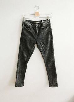 Kup mój przedmiot na #vintedpl http://www.vinted.pl/damska-odziez/rurki/15857677-topshop-leigh-marmurkowe-l30-w28-klasyka-minimalizm-basic-joni