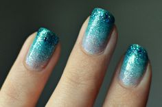 Turquoise ombre glitter nails