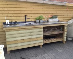 Kitchen Grill, Patio Kitchen, Summer Kitchen, Fish Cleaning Station, Wood Cooler, Diy Home Bar, Outdoor Sinks, Outdoor Kitchen Countertops, Backyard Bar