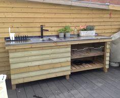 Outdoor kitchen / udekøkken ....