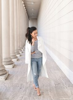 classic spring style // striped tee, white trench coat, distressed boyfriend jeans