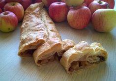 Lo strudel di mele, con pasta matta o con pasta sfoglia, è sempre un dolce perfetto per ogni momento della giornata