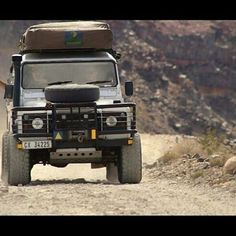 Land Rover Defender 90 Td5 Sw County expedition adventure sports and camping. Tent roof.