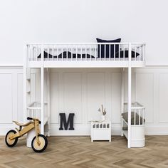 The Wood loft bed is with its unique design one of a kind and perfect for the older child. A space-saving ladder is placed in the end of the loft bed ...
