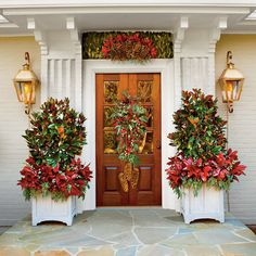 Cheer Up Your Entry Way - 101 fresh christmas decorating ideas - Southern Living
